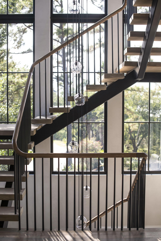 6. 8R8 Rhettmus_1907_Stair-min
